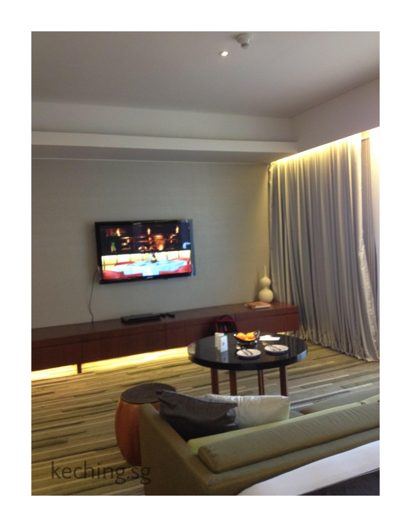 hansar bangkok standard suite