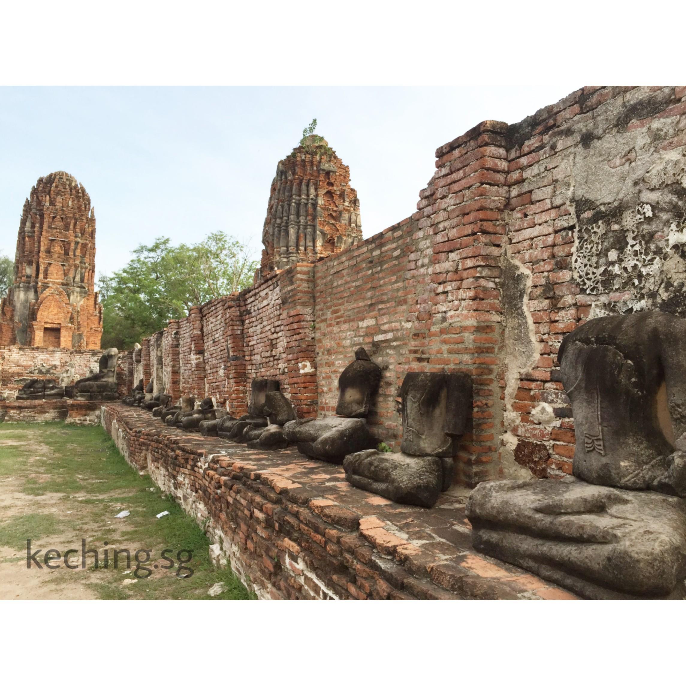 headless buddha ayutthaya