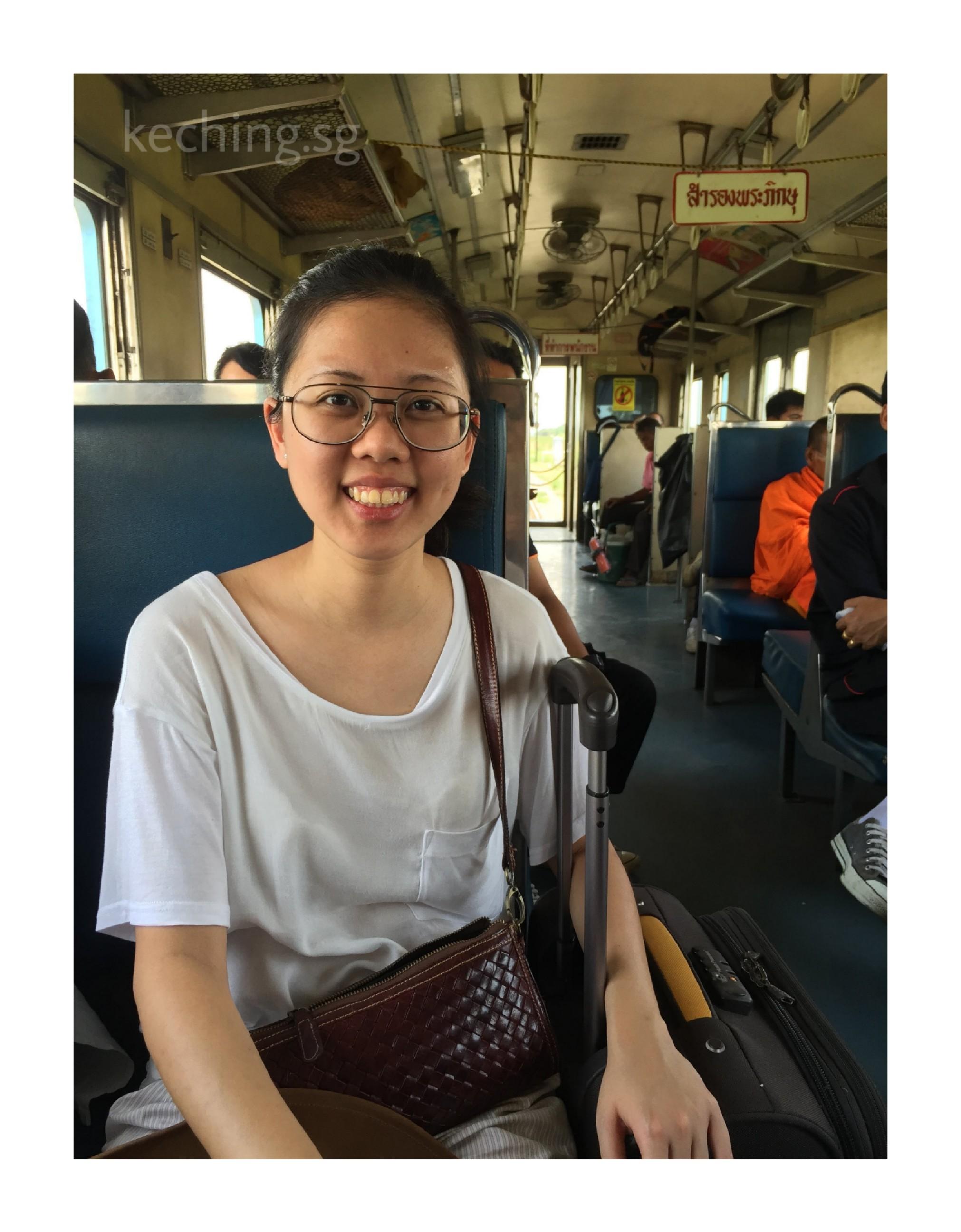 train from bangkok to ayutthaya